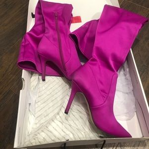 Over the knee boots 👢 pink wow 💫